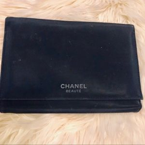 Channel Beaute Cosmetic Travel Trifold Case